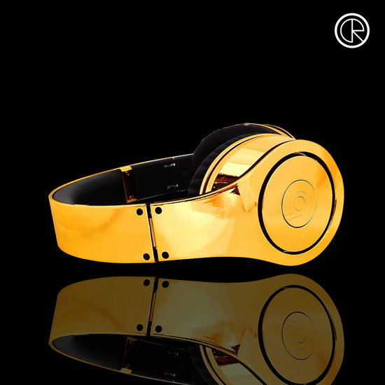 CrystalRocked_Gold-plated-Dr-Dre-Beats-2