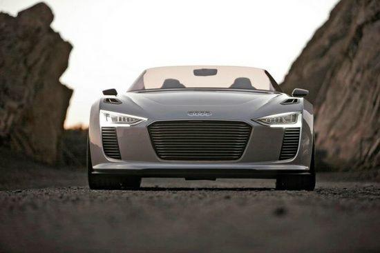 First Drive: Audi e-tron Spyder Concept
