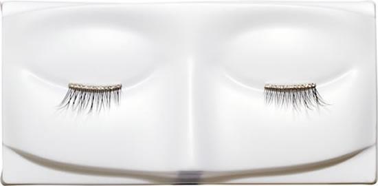 Fake Eyelashes Made With Real Diamonds