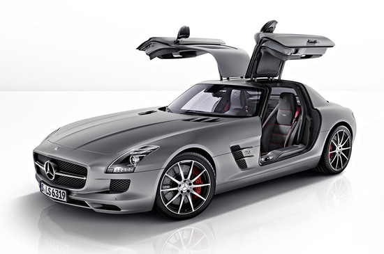 The New 2013 Mercedes Benz SLS AMG GT Looks Incredible!