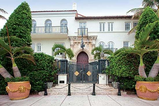 Versace Mansion For Sale Versace-mansion-casa