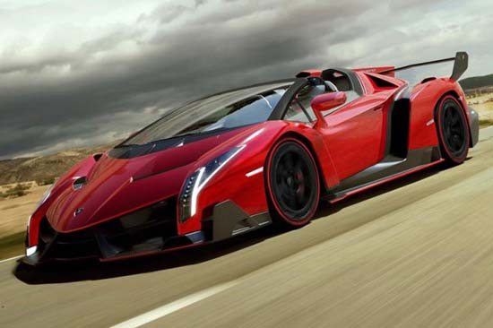 A First Look at the Lamborghini Veneno Roadster