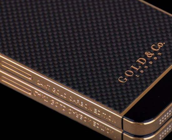 Gold & Co. Introduces 24KT Gold Carbon Edition iPhone 5S