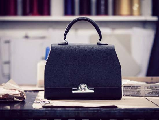 Watch the Making of the Réjane Bag by Moynat