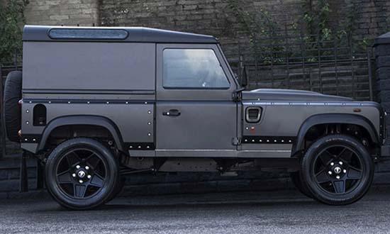 Land Rover Defender V8 by Kahn Design Gets 500 HP