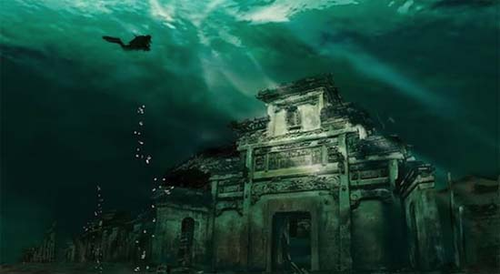Ancient Underwater Chinese City Becomes Major Tourist Attraction