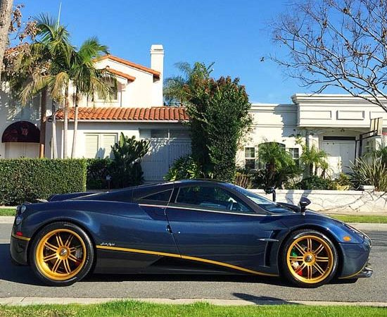 Pagani Huayra 730S 1 of 1 Close-up Video
