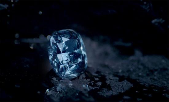 A Sensational Blue Diamond May Fetch Record $55M