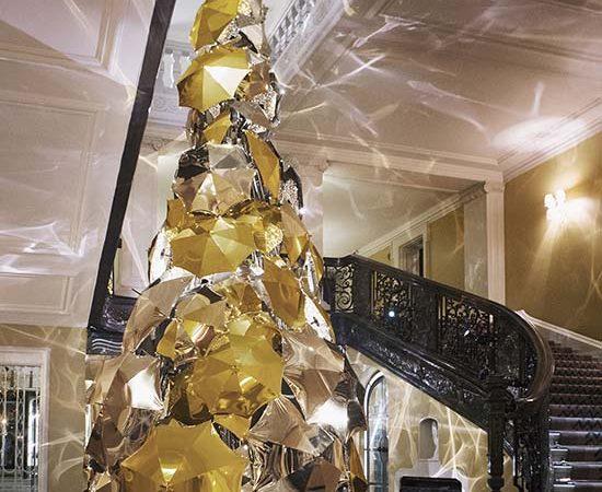 Claridge's Christmas Tree 2015 Revealed