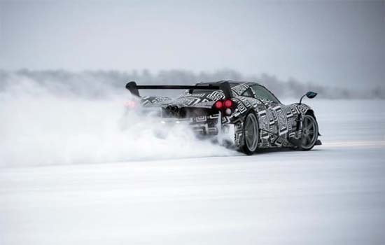 Watch This Pagani Huayra BC Drift Beautifully on Ice