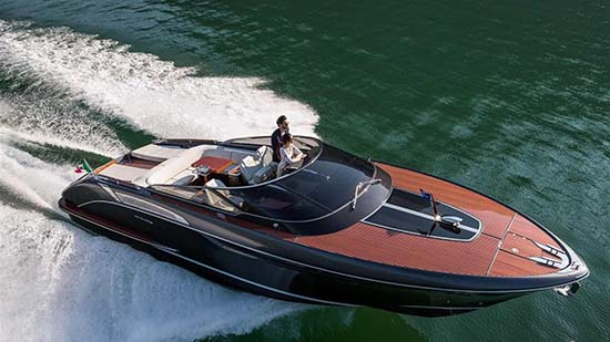 Riva Rivamare Speedboat Is Just Wonderful