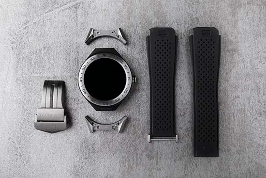 TAG Heuer Connected Modular 45 Is The Most Customizeable Smart Watch