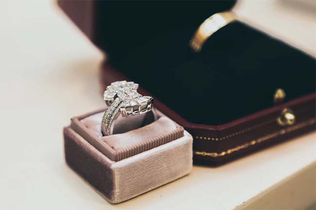 6 Outrageously Expensive Engagement Rings that Cost More than Your Home