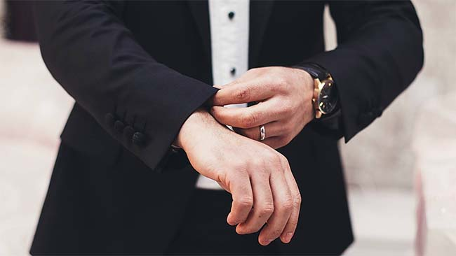 Wedding Bands for the Classic Man