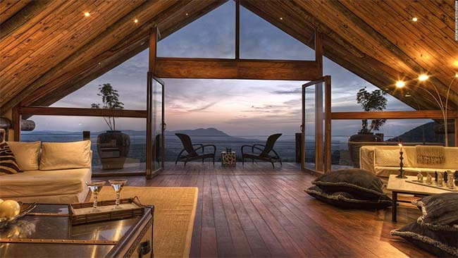 How You Can Combine Luxury With Adventure