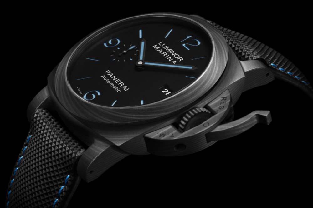 Officine Panerai Luminor Marina Carbotech Watch